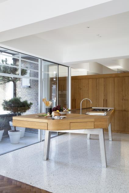 r habilitation d 39 un appartement dans un immeuble de la fin des ann es 30 dethier architecture. Black Bedroom Furniture Sets. Home Design Ideas